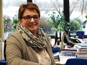 Frau Iris Münnich